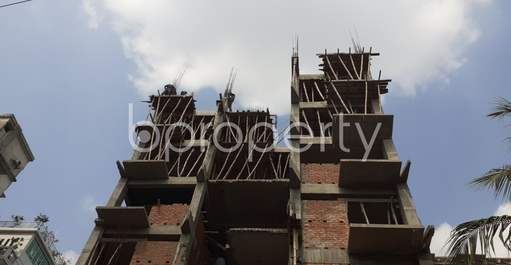Front view - 3 Bed Apartment for Sale in Bashundhara R-A, Dhaka - 1941075