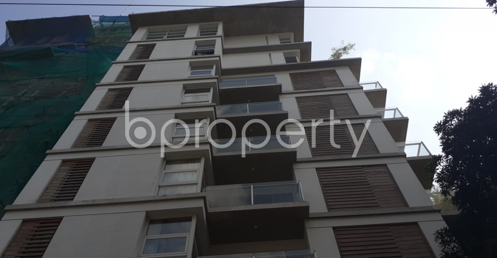 Front view - 3 Bed Apartment for Sale in Gulshan, Dhaka - 1941176