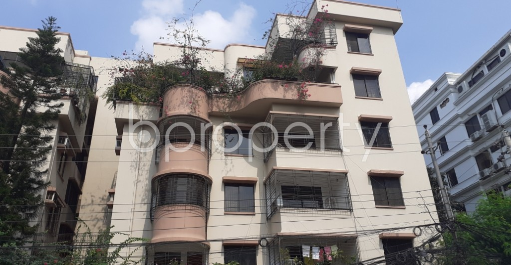 Front view - 3 Bed Apartment to Rent in Gulshan, Dhaka - 1941179