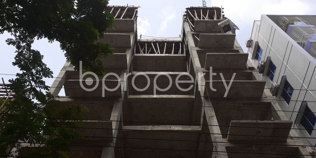 Front view - 3 Bed Apartment for Sale in Bashundhara R-A, Dhaka - 1941265