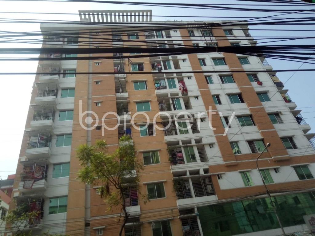Front view - 3 Bed Apartment for Sale in 33 No. Firingee Bazaar Ward, Chattogram - 1941519