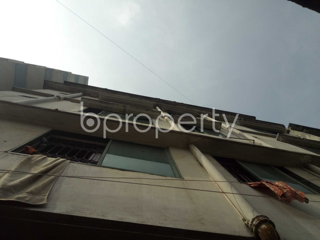 Front view - 3 Bed Apartment to Rent in Lalbagh, Dhaka - 1941617