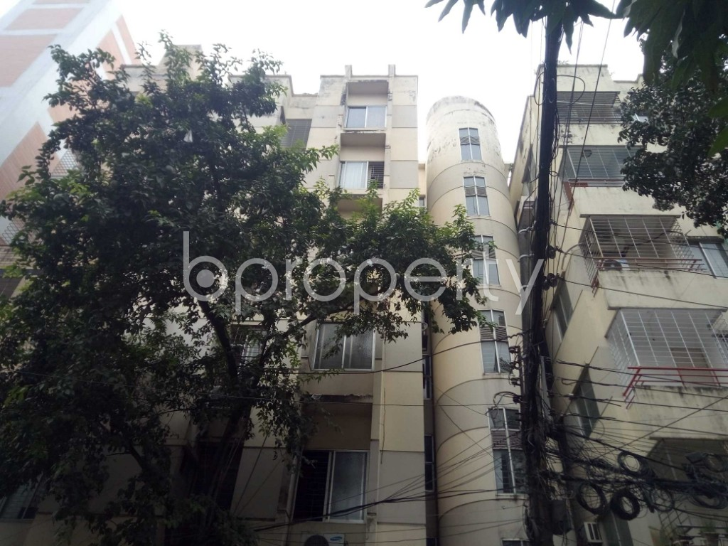Outside view - 3 Bed Apartment to Rent in Banani, Dhaka - 1941875