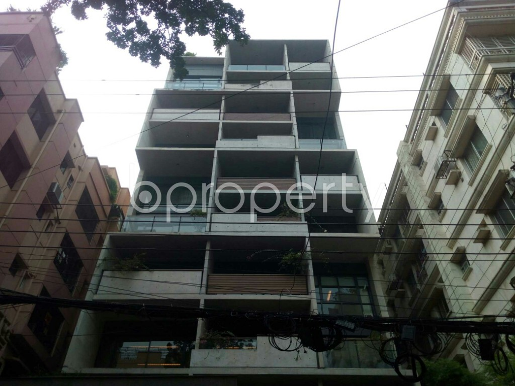 Front view - 3 Bed Apartment to Rent in Banani, Dhaka - 1941959