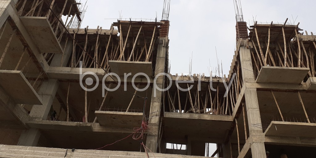 Front view - 3 Bed Apartment for Sale in Bashundhara R-A, Dhaka - 1942097