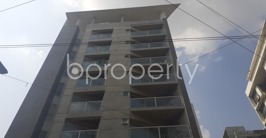 Front view - 4 Bed Apartment to Rent in Gulshan, Dhaka - 1942431