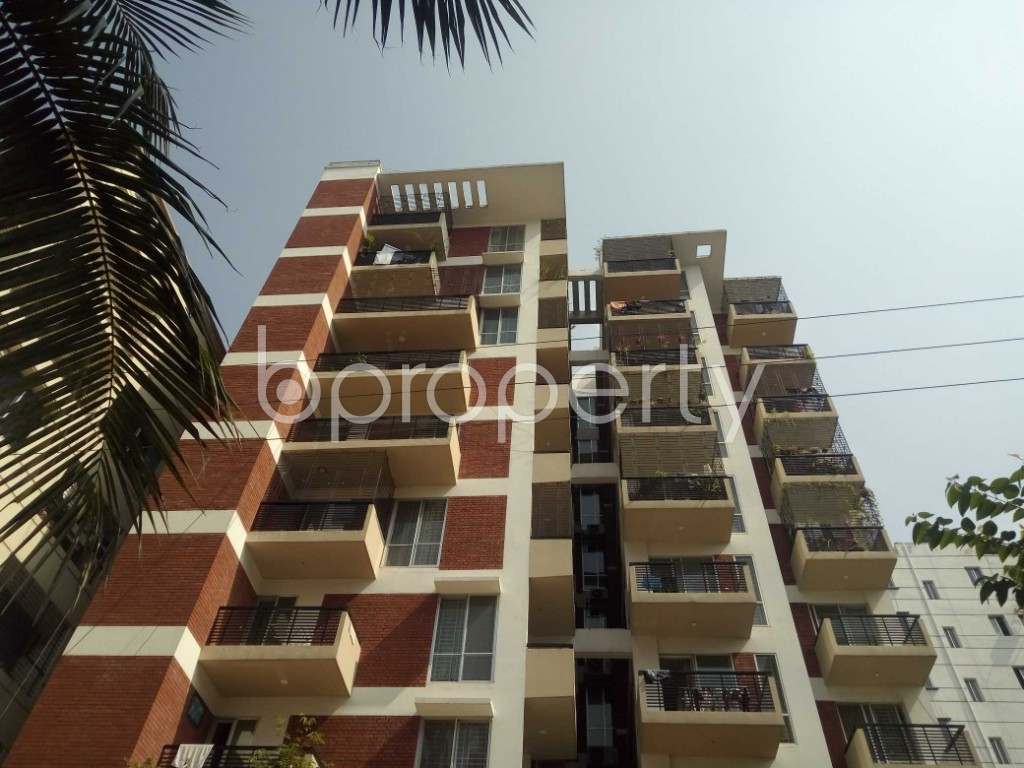 Front view - 3 Bed Apartment for Sale in Bashundhara R-A, Dhaka - 1942838