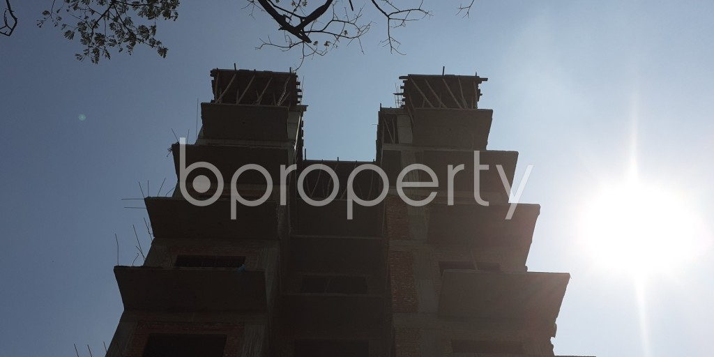 Front view - 4 Bed Apartment for Sale in Bashundhara R-A, Dhaka - 1942876