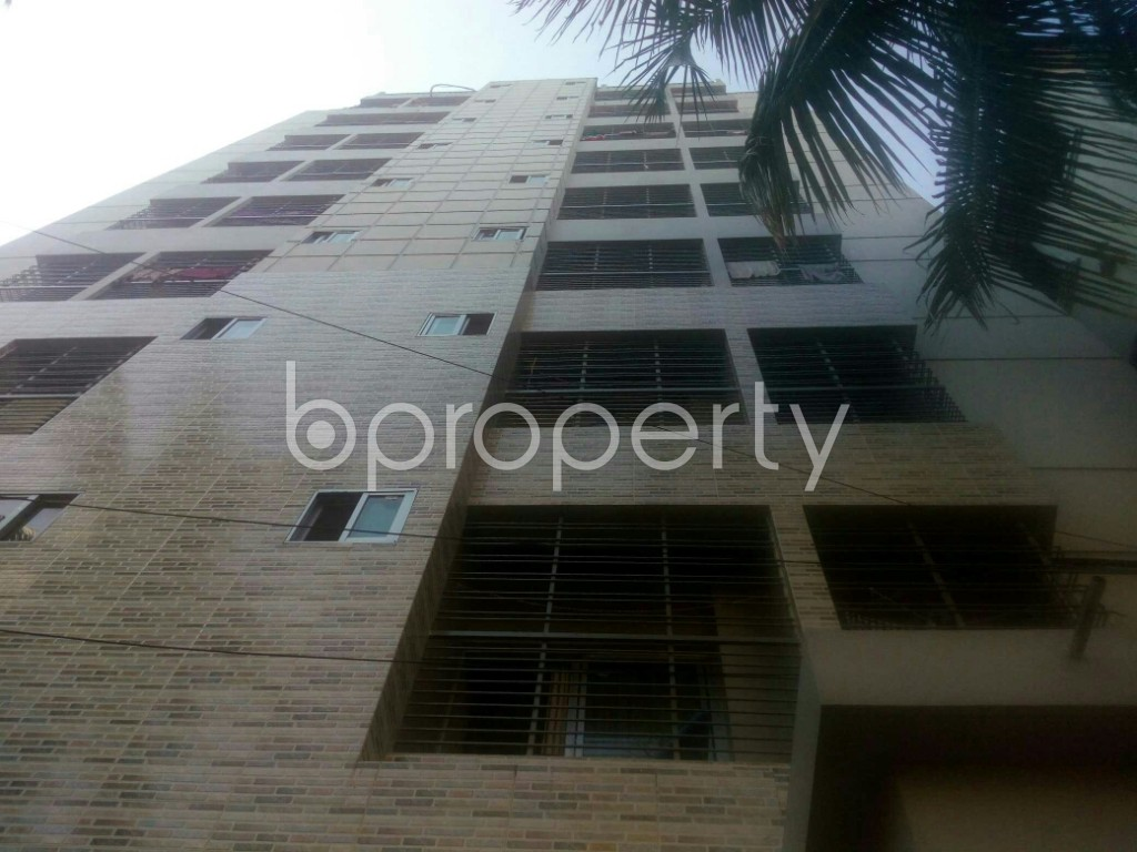 Outside view - 3 Bed Apartment for Sale in 4 No Chandgaon Ward, Chattogram - 1943000