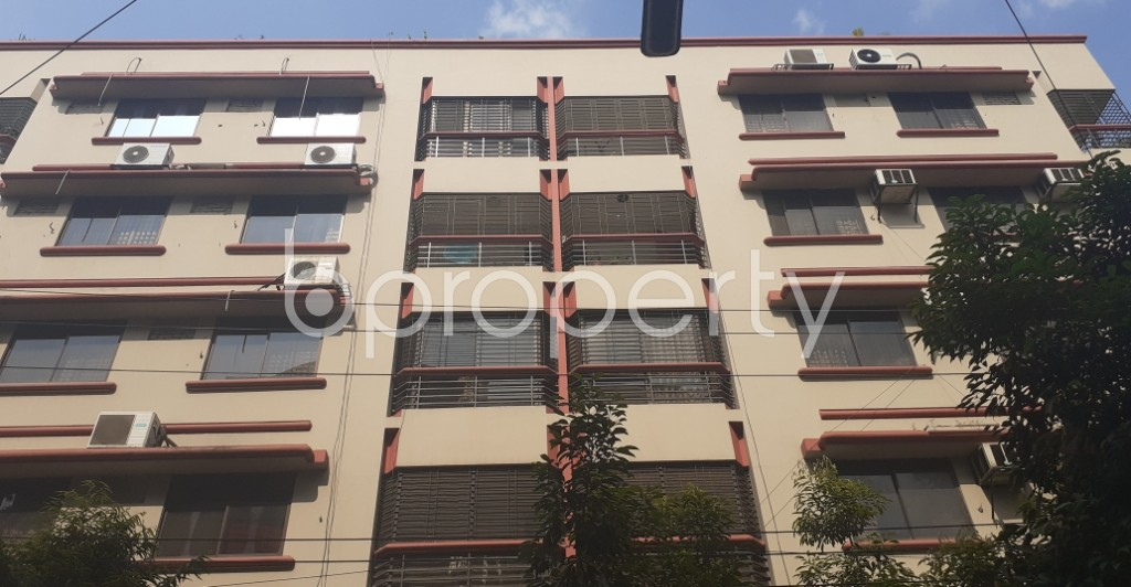 Front view - 3 Bed Apartment to Rent in Gulshan, Dhaka - 1943120