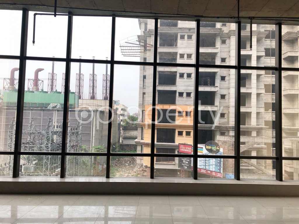 Commercial inside - Shop to Rent in Bashundhara R-A, Dhaka - 1923541