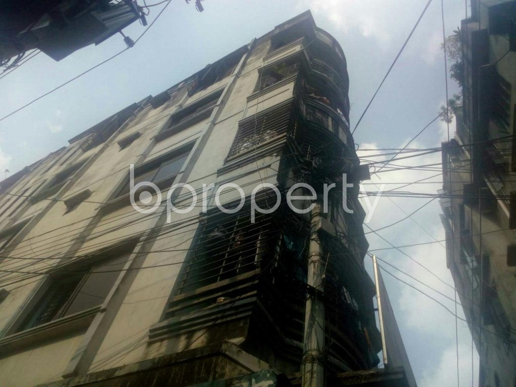 Outside view - Shop to Rent in Rampura, Dhaka - 1943206