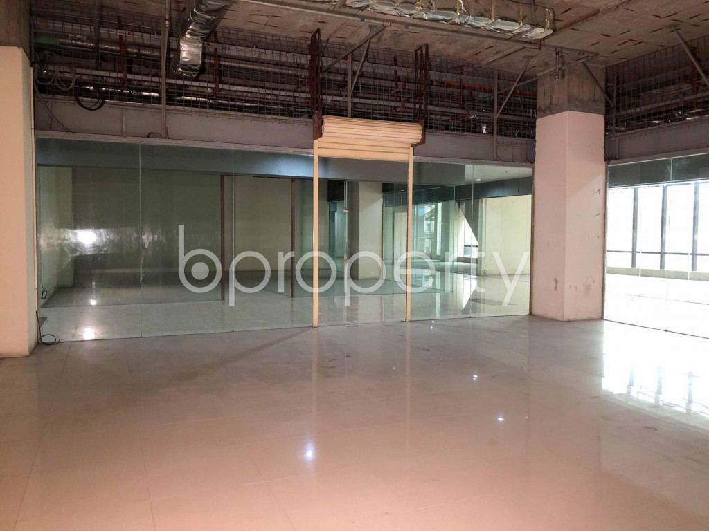Commercial inside - Shop to Rent in Bashundhara R-A, Dhaka - 1923548