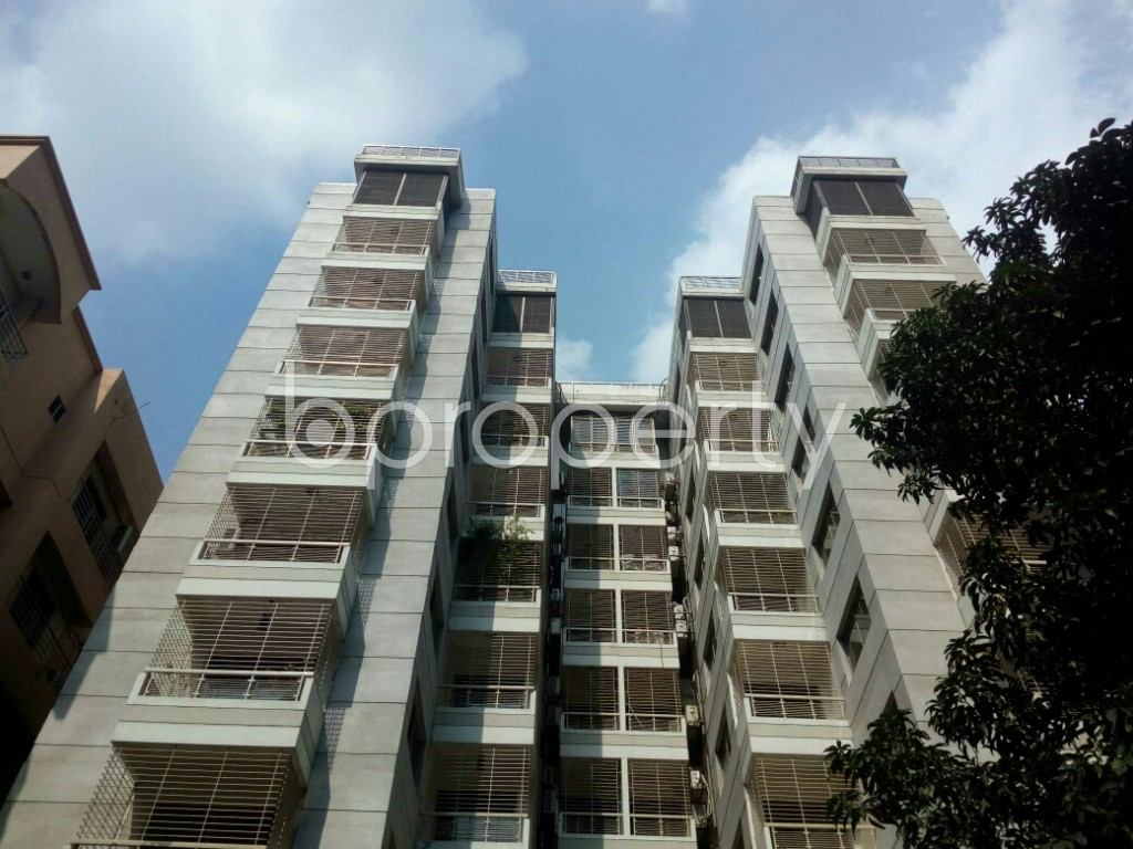 Front view - 4 Bed Apartment to Rent in Banani, Dhaka - 1943232