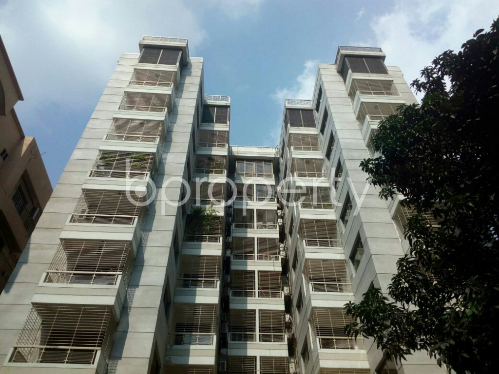 Front view - 4 Bed Apartment to Rent in Banani, Dhaka - 1943233