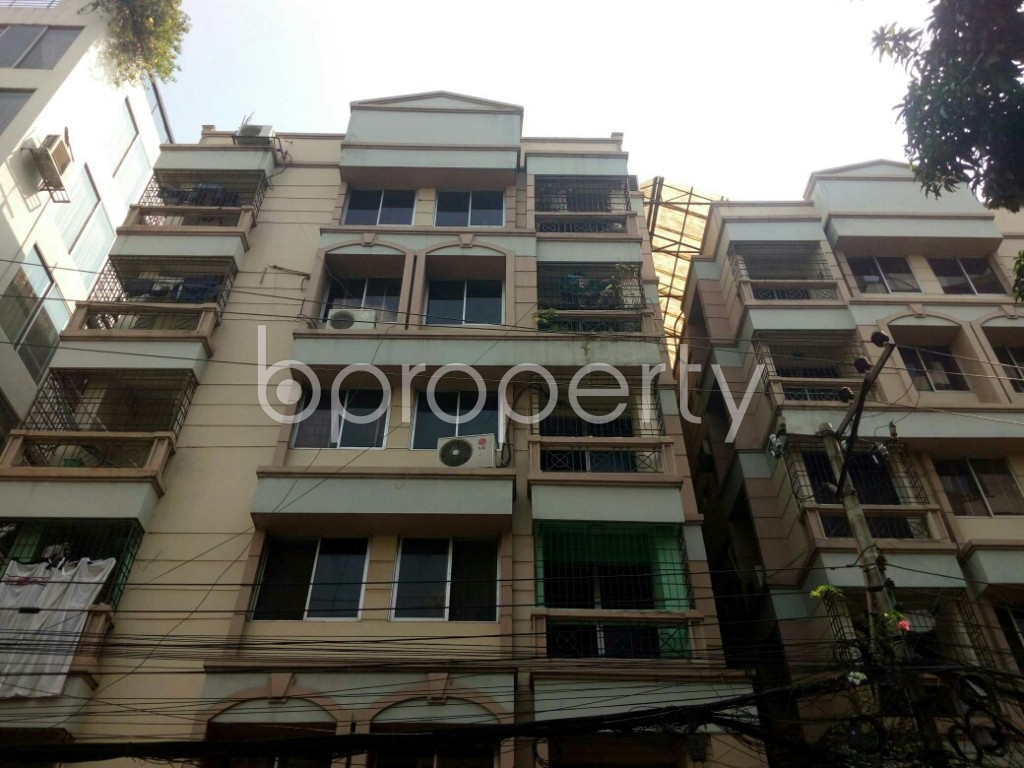 Front view - 3 Bed Apartment to Rent in Banani, Dhaka - 1943234