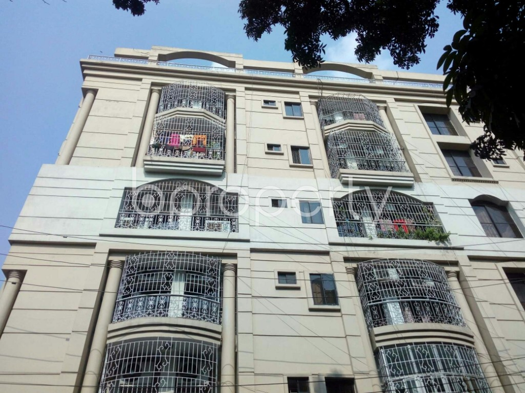 Front view - 3 Bed Apartment to Rent in Banani, Dhaka - 1943280