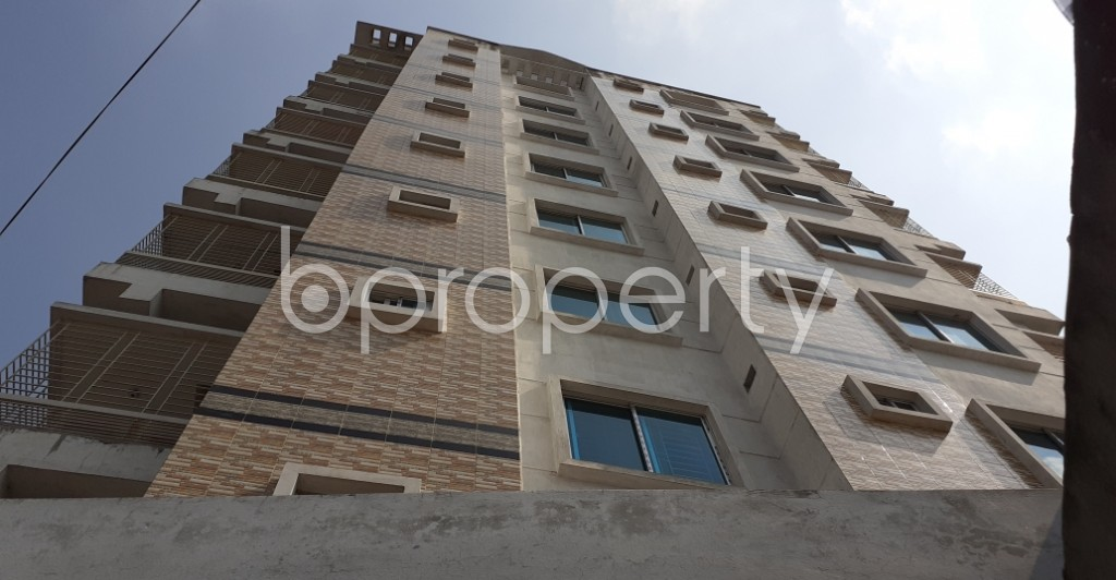Outside view - 3 Bed Apartment to Rent in Dhanmondi, Dhaka - 1943440