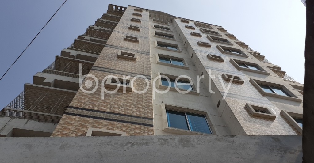 Outside view - 3 Bed Apartment to Rent in Dhanmondi, Dhaka - 1943441