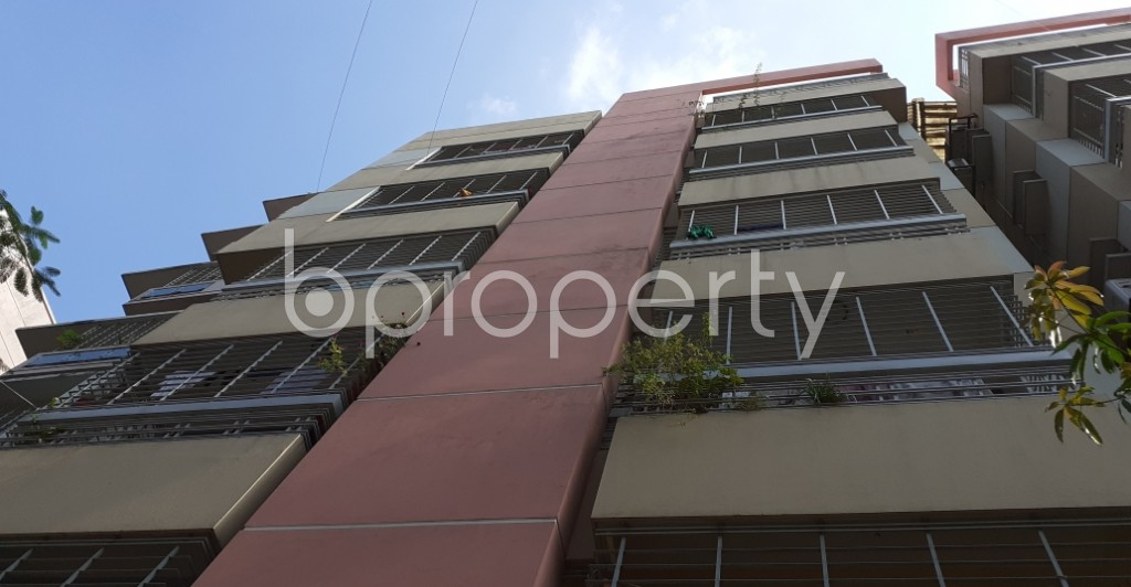 Outside view - 3 Bed Apartment to Rent in Dhanmondi, Dhaka - 1943442