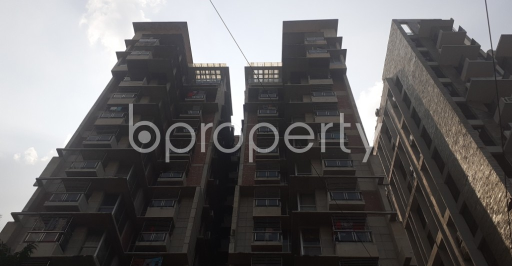 Front view - 3 Bed Apartment to Rent in Dhanmondi, Dhaka - 1943496