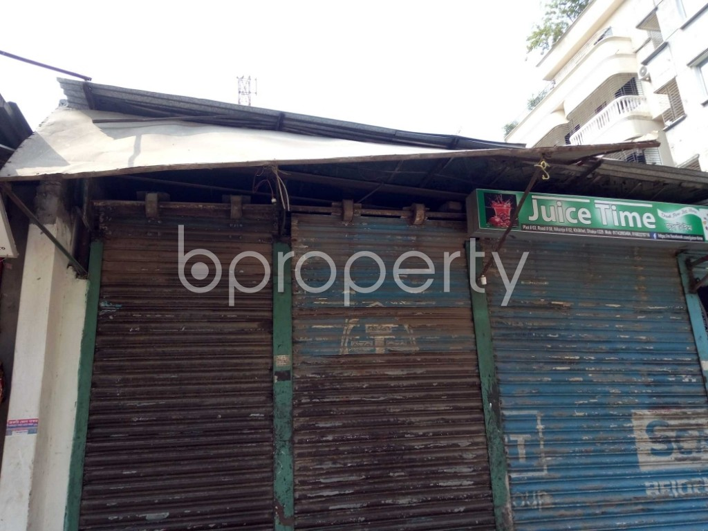 Front view - Shop to Rent in Bashundhara R-A, Dhaka - 1943527