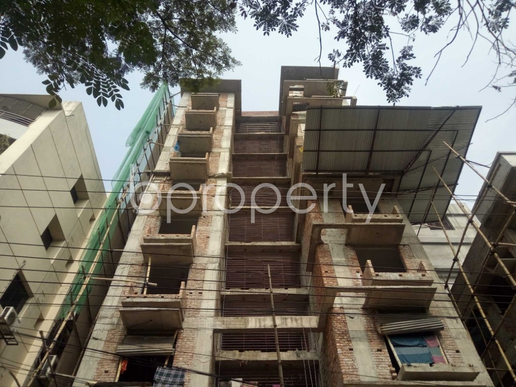 Front view - 3 Bed Apartment for Sale in Bashundhara R-A, Dhaka - 1943669