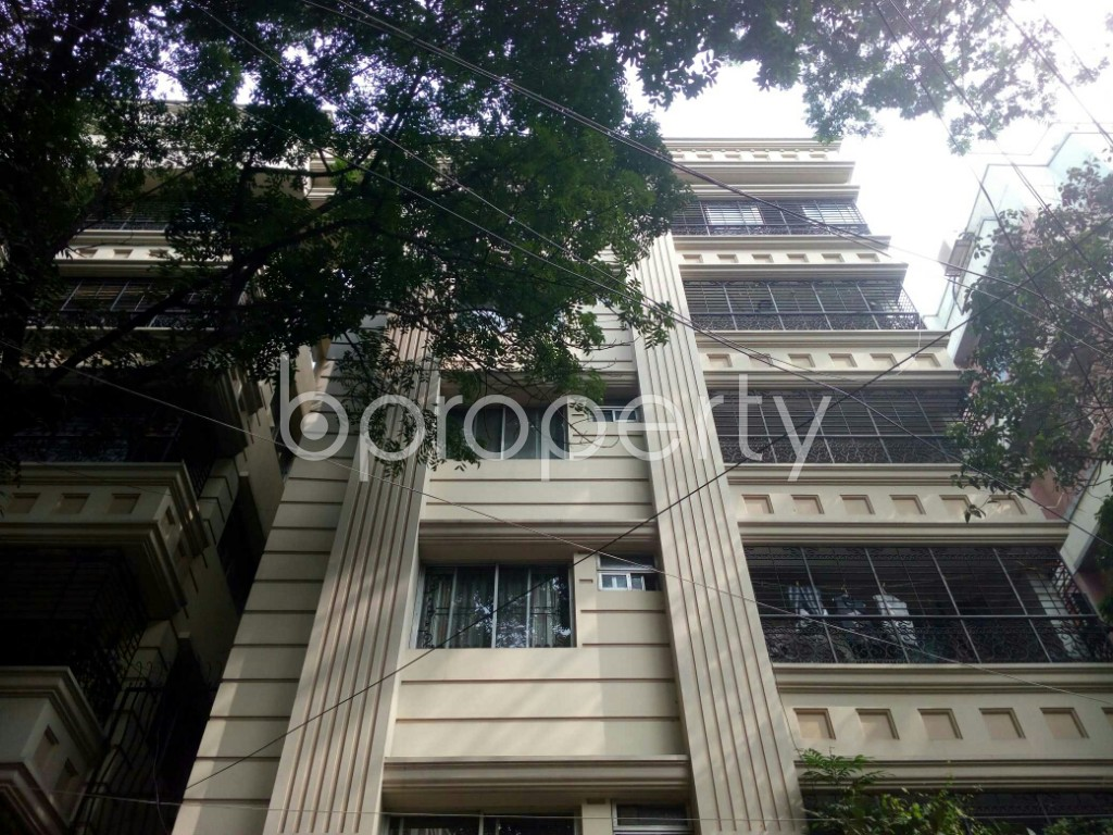 Front view - 3 Bed Apartment to Rent in Banani, Dhaka - 1943684