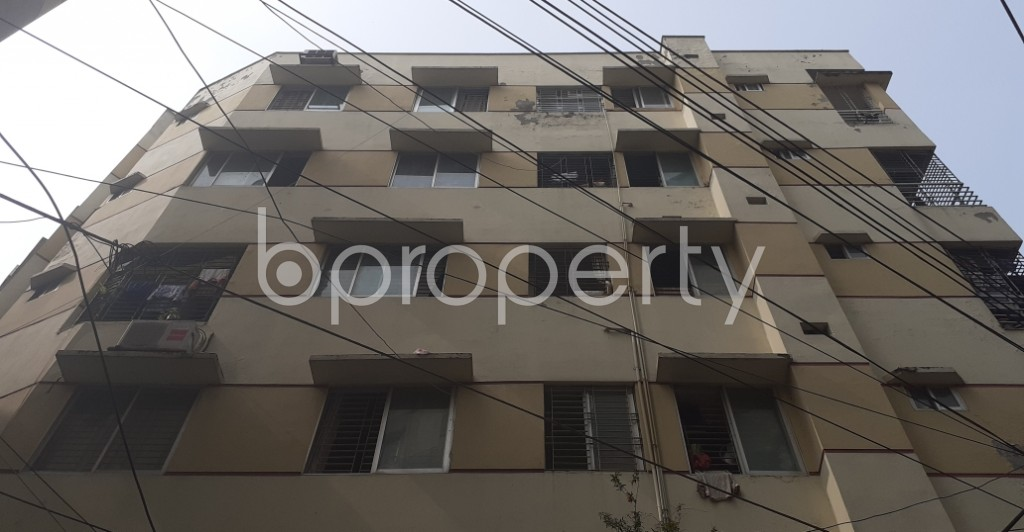 Front view - 3 Bed Apartment to Rent in Dhanmondi, Dhaka - 1943699