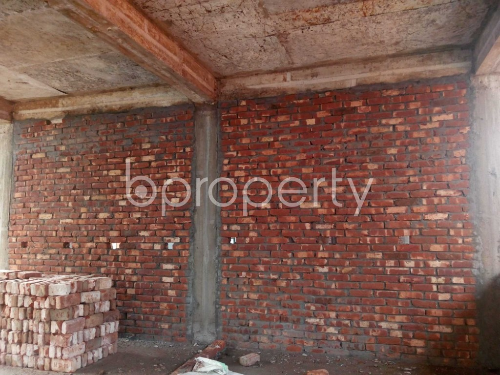 Commercial inside - Shop to Rent in Kuril , Dhaka - 1943735