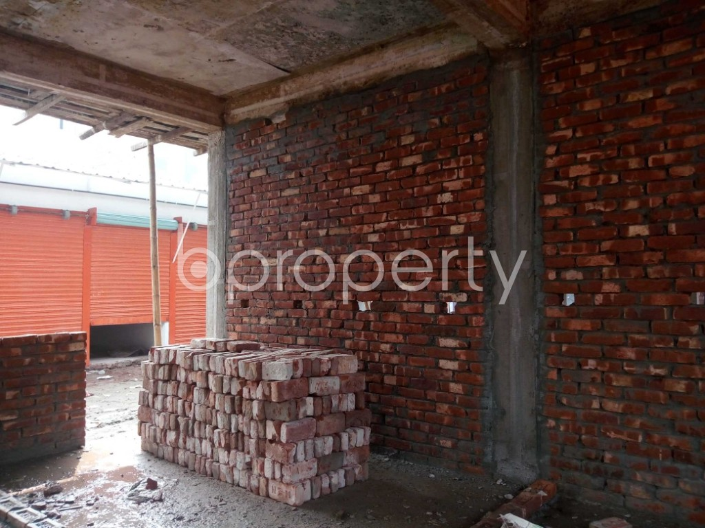 Commercial inside - Shop to Rent in Kuril , Dhaka - 1943736