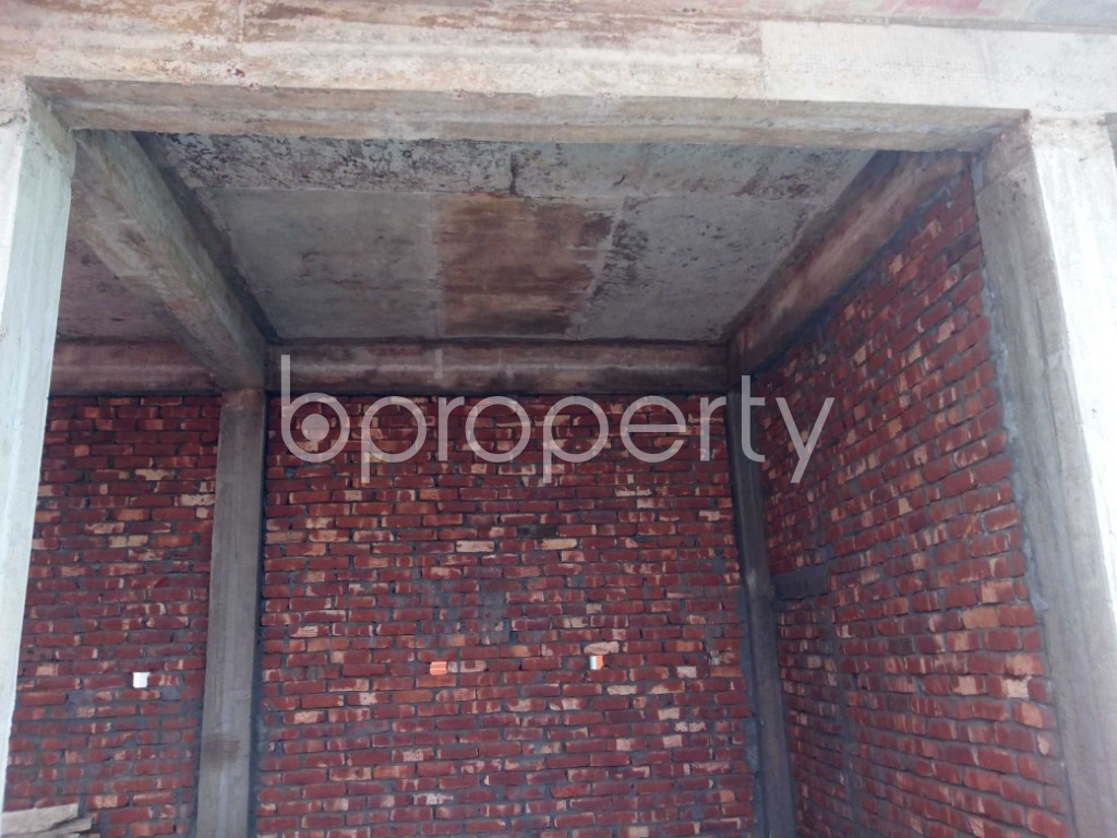 Commercial inside - Shop to Rent in Kuril , Dhaka - 1943742