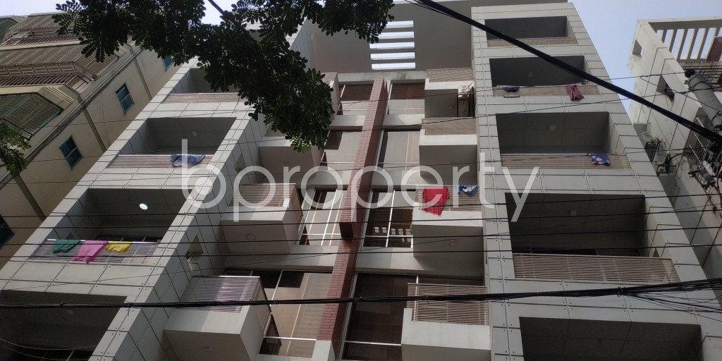 Front view - 2 Bed Apartment to Rent in Bashundhara R-A, Dhaka - 1943288