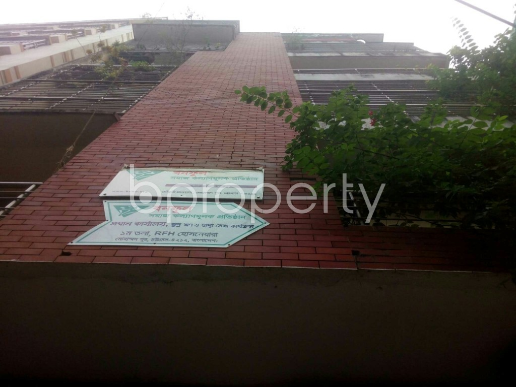 Outside view - 3 Bed Apartment for Sale in 7 No. West Sholoshohor Ward, Chattogram - 1943874