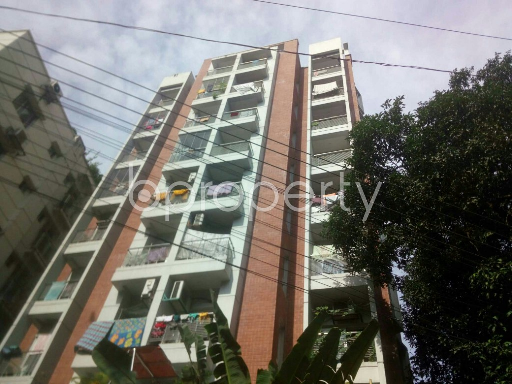 Front view - 3 Bed Apartment to Rent in 16 No. Chawk Bazaar Ward, Chattogram - 1943976