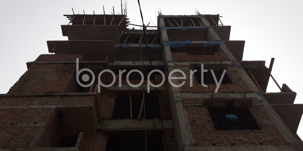 Front view - 3 Bed Apartment for Sale in Bashundhara R-A, Dhaka - 1943994