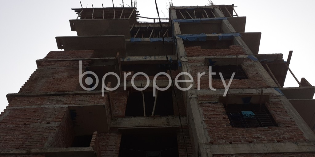 Front view - 3 Bed Apartment for Sale in Bashundhara R-A, Dhaka - 1943996