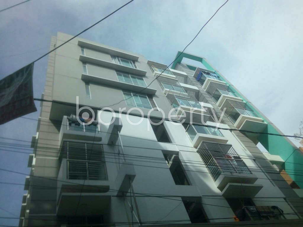 Front view - 3 Bed Apartment to Rent in 16 No. Chawk Bazaar Ward, Chattogram - 1943999
