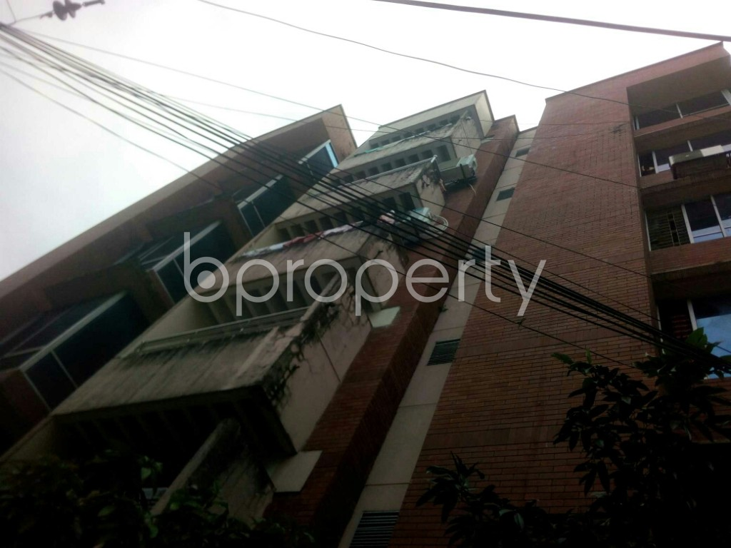 Front view - 3 Bed Apartment to Rent in 16 No. Chawk Bazaar Ward, Chattogram - 1944005