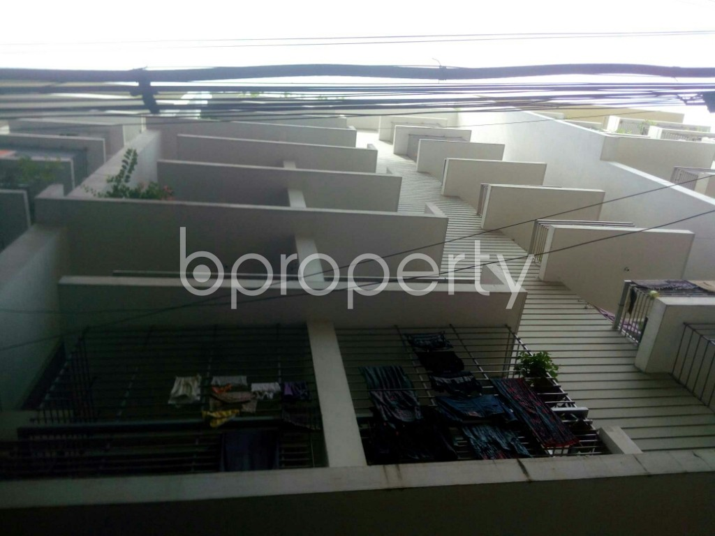 Outside view - 3 Bed Apartment to Rent in 16 No. Chawk Bazaar Ward, Chattogram - 1944015