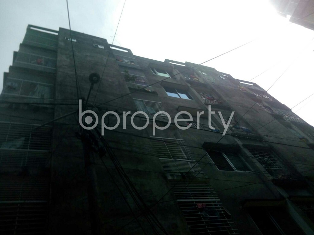 Front view - 2 Bed Apartment to Rent in 16 No. Chawk Bazaar Ward, Chattogram - 1944032