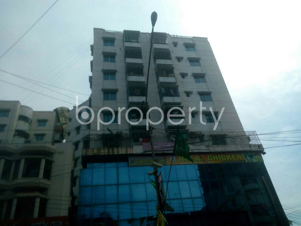 Front view - Office for Sale in 16 No. Chawk Bazaar Ward, Chattogram - 1944051