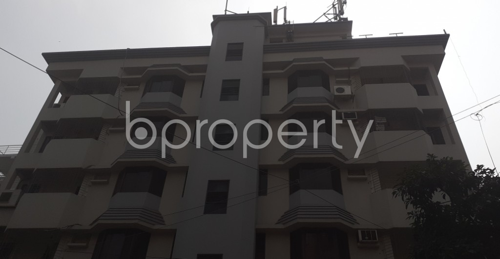 Front view - 3 Bed Apartment to Rent in Dhanmondi, Dhaka - 1944055