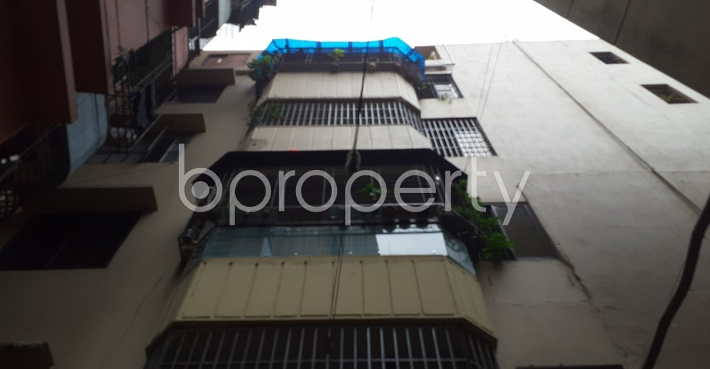 Front view - 2 Bed Apartment to Rent in Dhanmondi, Dhaka - 1944058