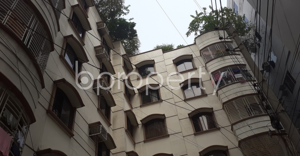 Front view - 3 Bed Apartment to Rent in Dhanmondi, Dhaka - 1944063