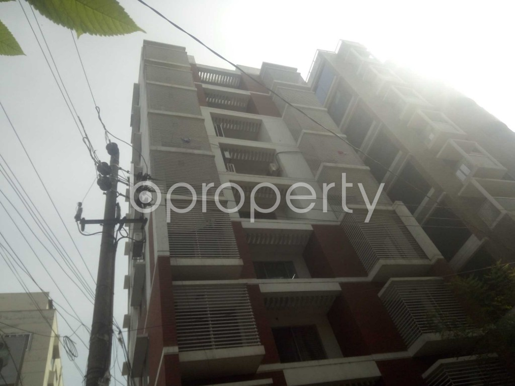 Outside view - 3 Bed Apartment to Rent in Baridhara, Dhaka - 1944219