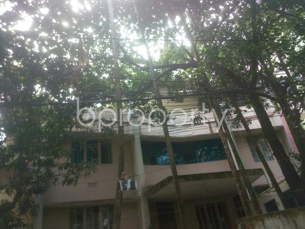 Front view - 3 Bed Apartment to Rent in 16 No. Chawk Bazaar Ward, Chattogram - 1944230