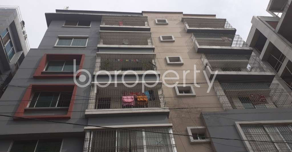 Front view - 3 Bed Apartment for Sale in Bashundhara R-A, Dhaka - 1944303