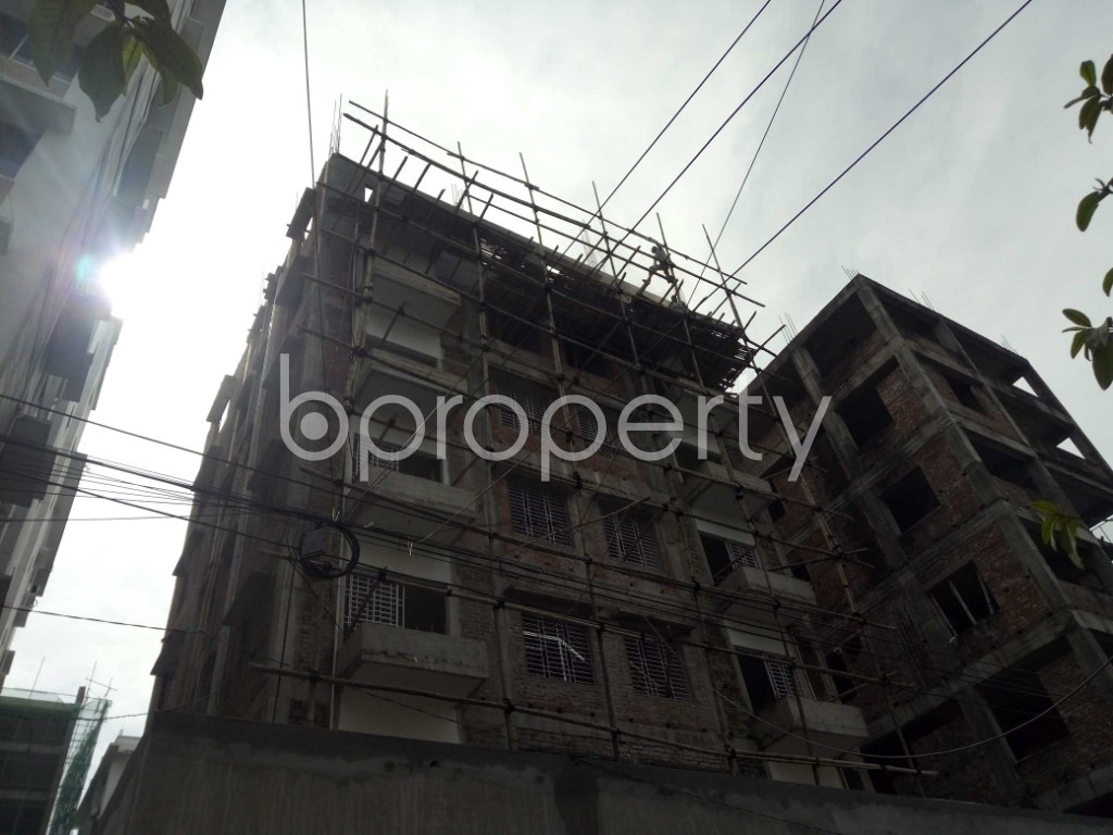 Front view - 2 Bed Apartment to Rent in Bashundhara R-A, Dhaka - 1944343