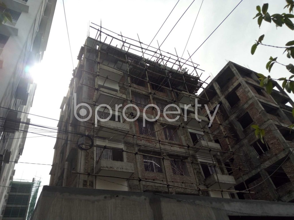 Front view - 2 Bed Apartment to Rent in Bashundhara R-A, Dhaka - 1944344